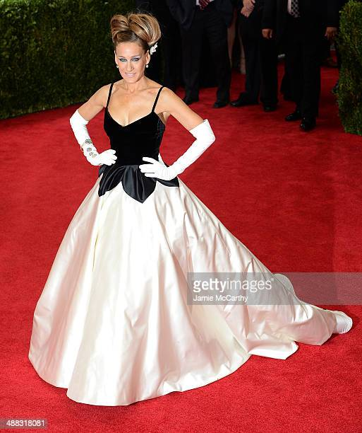 "Sarah Jessica Parker attends the ""Charles James: Beyond Fashion"" Costume Institute Gala at the Metropolitan Museum of Art on May 5, 2014 in New York..."