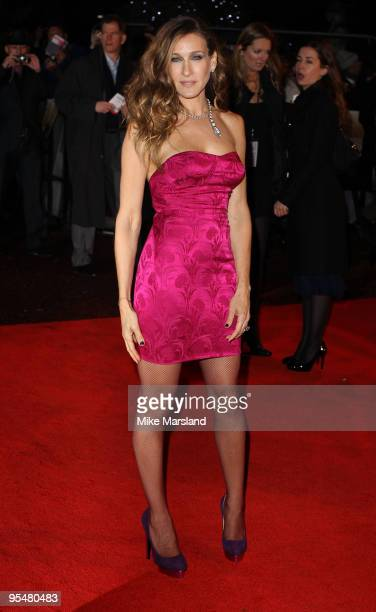 """Sarah Jessica Parker attends the gala premiere of """"Did You Hear About The Morgans?"""" at Odeon Leicester Square on December 8, 2009 in London, England."""