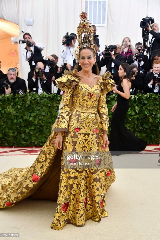 Heavenly Bodies: Fashion & The Catholic Imagination Costume Institute Gala : Fotografía de noticias
