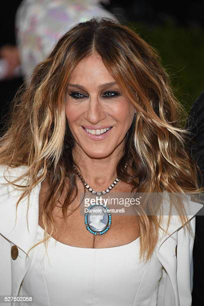 Sarah Jessica Parker attends the 'Manus x Machina Fashion In An Age Of Technology' Costume Institute Gala at the Metropolitan Museum on May 02 2016...