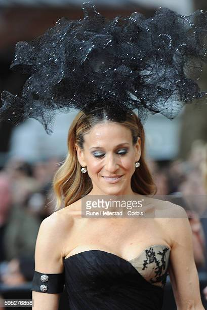 Sarah Jessica Parker attends the premiere of Sex And The City 2 at Odeon Leicester Square