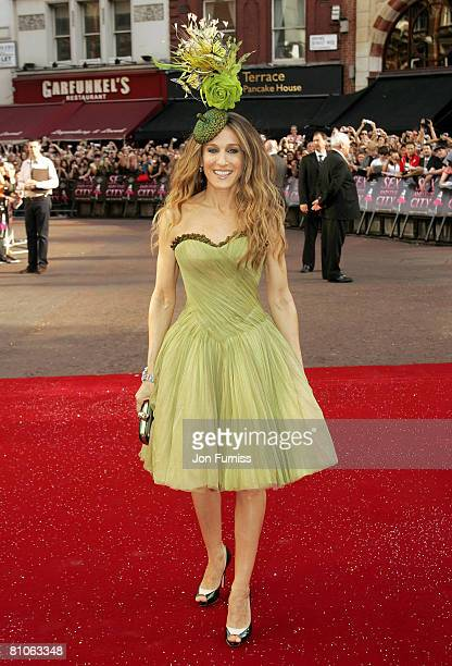 Sarah Jessica Parker attends the Sex And The City world premiere held at the Odeon Leicester Square on May 12, 2008 in London, England.