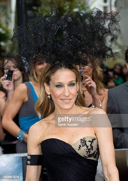 Sarah Jessica Parker attends the UK premiere of 'Sex and the City 2' at Odeon Leicester Square on May 27, 2010 in London, England.