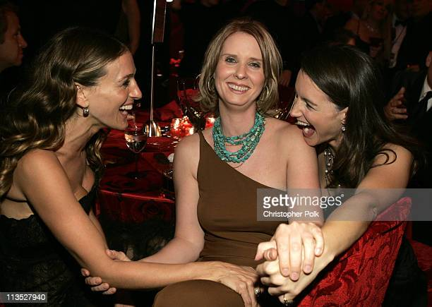 Sarah Jessica Parker Cynthia Nixon and Kristin Davis **exclusive**