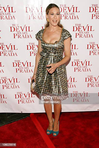 Sarah Jessica Parker during Twentieth Century Fox Premiere of 'The Devil Wears Prada' Arrivals at AMC Loews Lincoln Square at 1998 Broadway on 68th...
