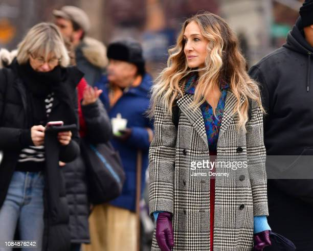 Sarah Jessica Parker filming on location for 'Divorce' on the streets of Manhattan on January 18, 2019 in New York City.