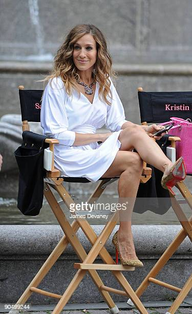 Sarah Jessica Parker filming on location for Sex And The City 2 on the Streets of Manhattan on September 8 2009 in New York City