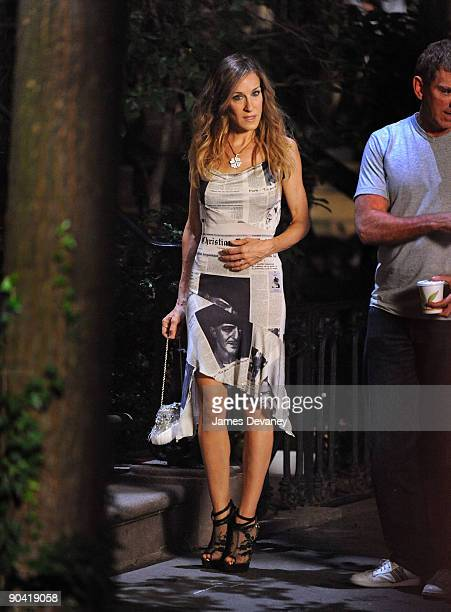 Sarah Jessica Parker films on location for 'Sex And The City 2' on the Streets of Manhattan on September 4 2009 in New York City