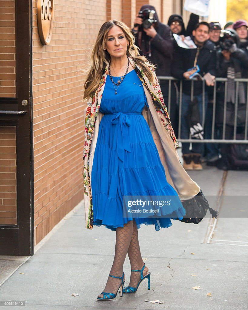 Sarah Jessica Parker is seen arriving at 'The View' TV Show on November 28, 2016 in New York City.