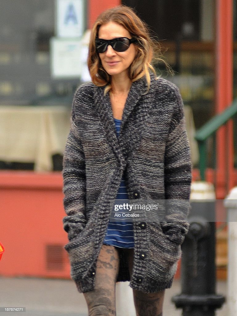 Sarah Jessica Parker is seen in the West Village on December 4, 2012 in New York City.