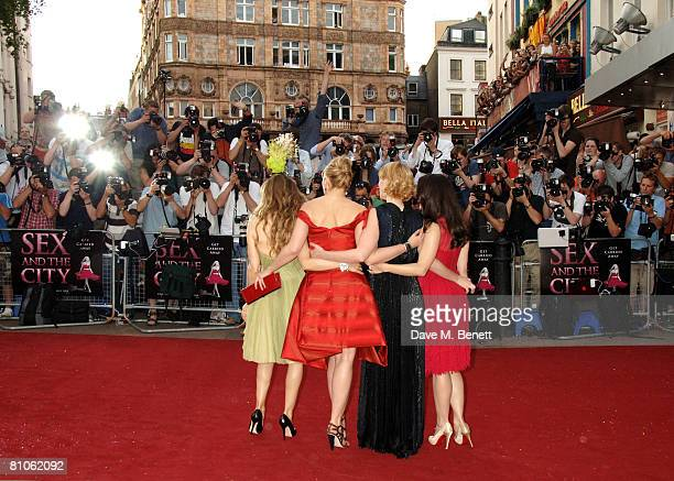 Sarah Jessica Parker Kim Catrall Cynthia Nixon and Kristin Davis arrive at the premiere of 'Sex And The City' at the Odeon Leicester Square on May 12...