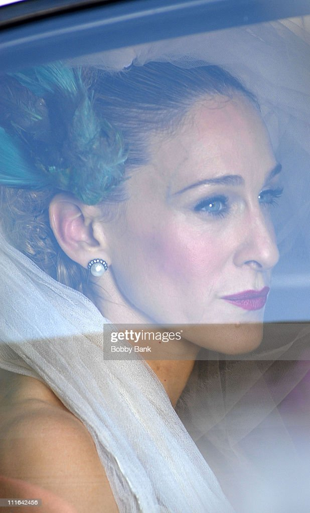 Sarah Jessica Parker On Location for 'Sex and the City: The Movie Midtown Manhattan October 30 2007