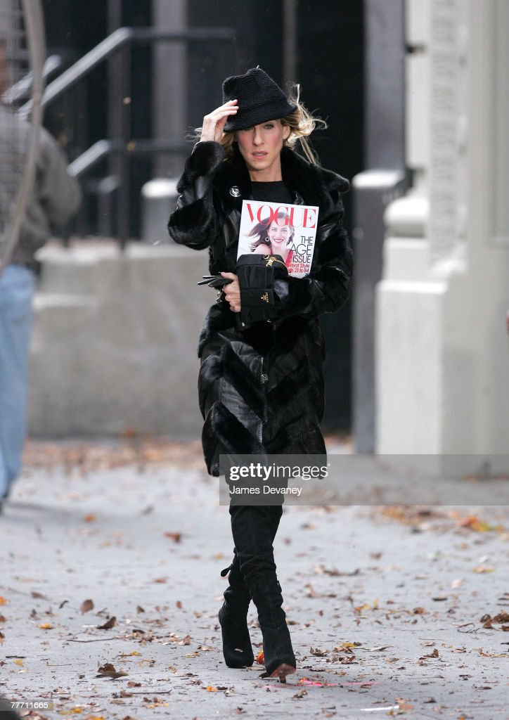 Sarah Jessica Parker on the set of 'Sex and the City: The Movie' on October 5, 2007 in New York City.