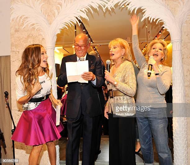 Sarah Jessica Parker Oscar de la Renta Barbara Walters and Bette Midler attend the Oscar de la Renta Fashion's Night Out party at the Oscar de la...