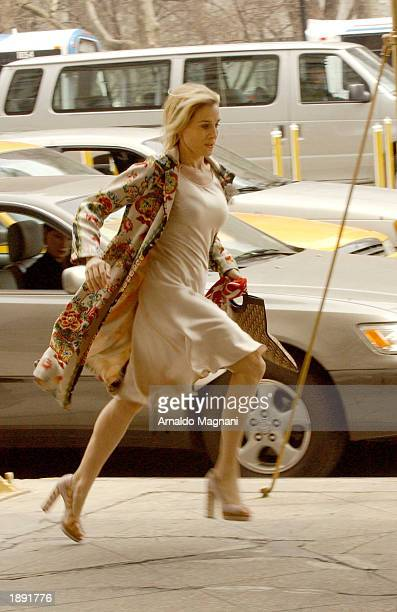 Sarah Jessica Parker runs on the set of 'Sex in the City' at 23rd st and 5th Ave March 2 2003 in New York City