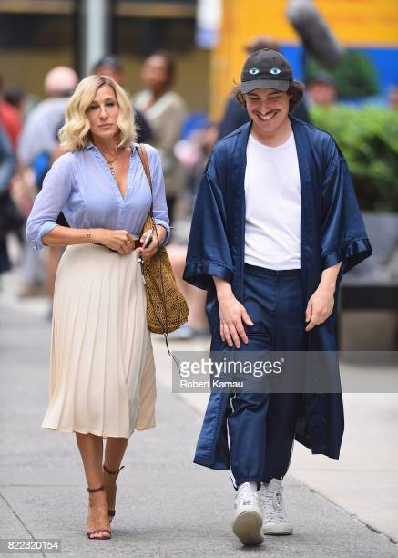 Sarah Jessica Parker seen at a film set in Manhattan on July 24 2017 in New York City