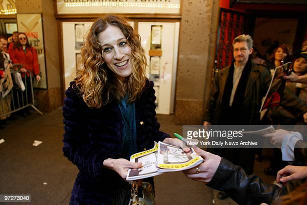 Sarah Jessica Parker signs autographs outside the St James Theatre after the final performance of husband Matthew Broderick's return engagement in...