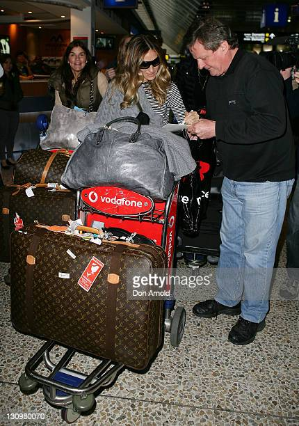 4d3be6f24e93 Sarah Jessica Parker signs autographs upon arrival at Melbourne  International Airport on October 31 2011 in