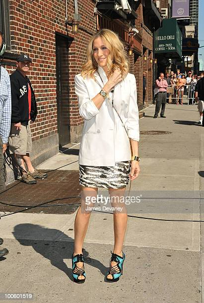 "Sarah Jessica Parker visits ""Late Show With David Letterman"" at the Ed Sullivan Theater on May 25, 2010 in New York City."