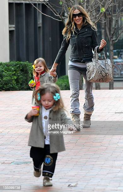 Sarah Jessica Parker with her daughtes Marion Broderick and Tabitha Broderick on December 9 2011 in New York City