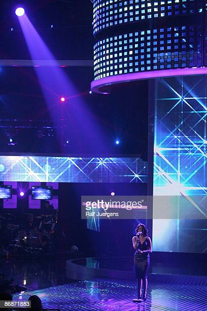 Sarah Kreuz performs her song during the rehearsal for the singer qualifying contest DSDS 'Deutschland sucht den Superstar' final show on May 09 2009...