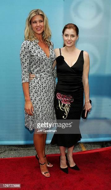 Sarah Lancaster and Amy Adams