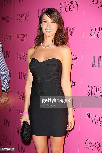 Sarah Larson arrives at Victorias Secret Show after party at LIV at Fontainebleau on November 14 2008 in Miami Beach Florida