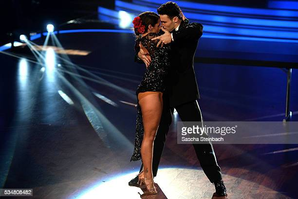 Sarah Lombardi and Robert Beitsch perform on stage during the 11th show of the television competition 'Let's Dance' at Coloneum on May 27 2016 in...
