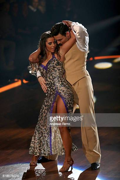 Sarah Lombardi and Robert Beitsch perform on stage during the 3rd show of the television competition 'Let's Dance' on April 1 2016 in Cologne Germany