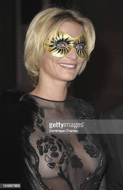Image contains nudity Sarah Marshall attends Vogue 90th Anniversary Party as part of Ready to Wear Spring/Summer 2011 Paris Fashion Week at Hotel...