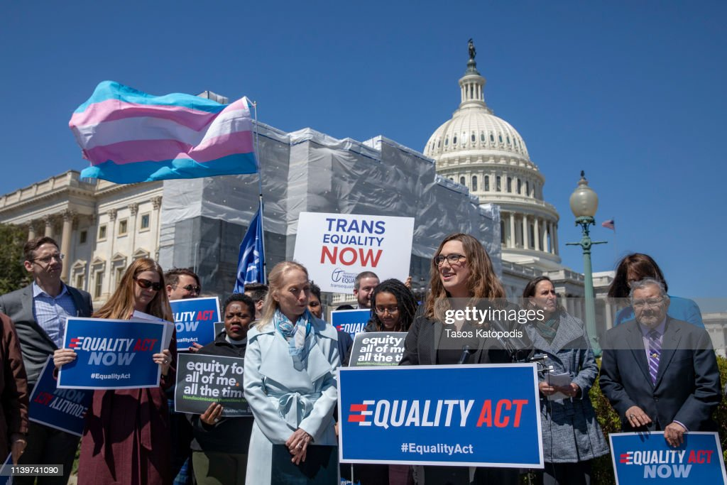 Press Conference To Discuss The Equality Act : Nachrichtenfoto
