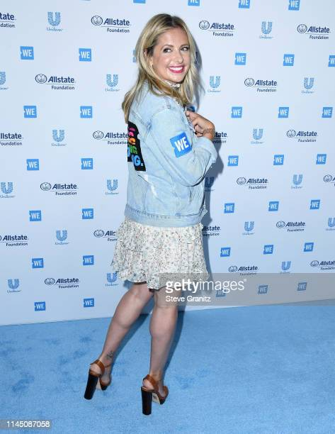 Sarah Michelle Gellar arrives at the WE Day California 2019 at The Forum on April 25, 2019 in Inglewood, California.