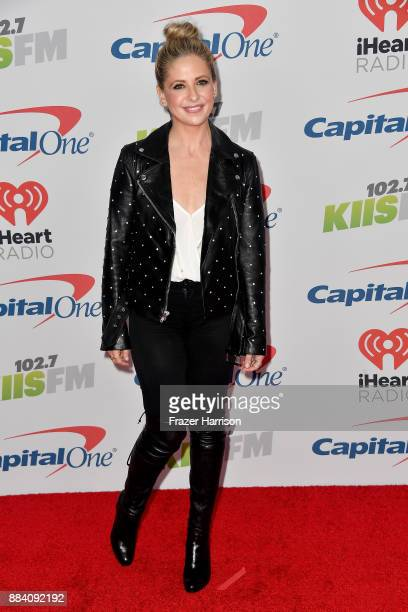 Sarah Michelle Gellar attends 102.7 KIIS FM's Jingle Ball 2017 presented by Capital One at The Forum on December 1, 2017 in Inglewood, California.