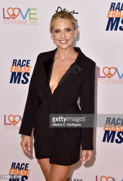 Sarah Michelle Gellar attends the 26th Annual Race to Erase MS Gala at The Beverly Hilton Hotel on May 10, 2019 in Beverly Hills, California.
