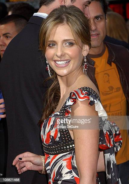 Sarah Michelle Gellar during 'The Grudge 2' Los Angeles Premiere Arrivals at Knott's Scary Farm in Buena Park California United States