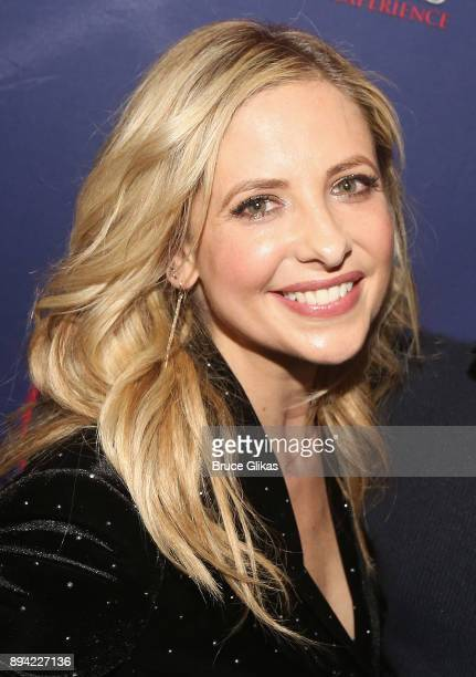 Sarah Michelle Gellar poses backstage at the new musical based on the 1999 film 'Cruel Intentions' at Le Poisson Rouge Theatre on December 16 2017 in...
