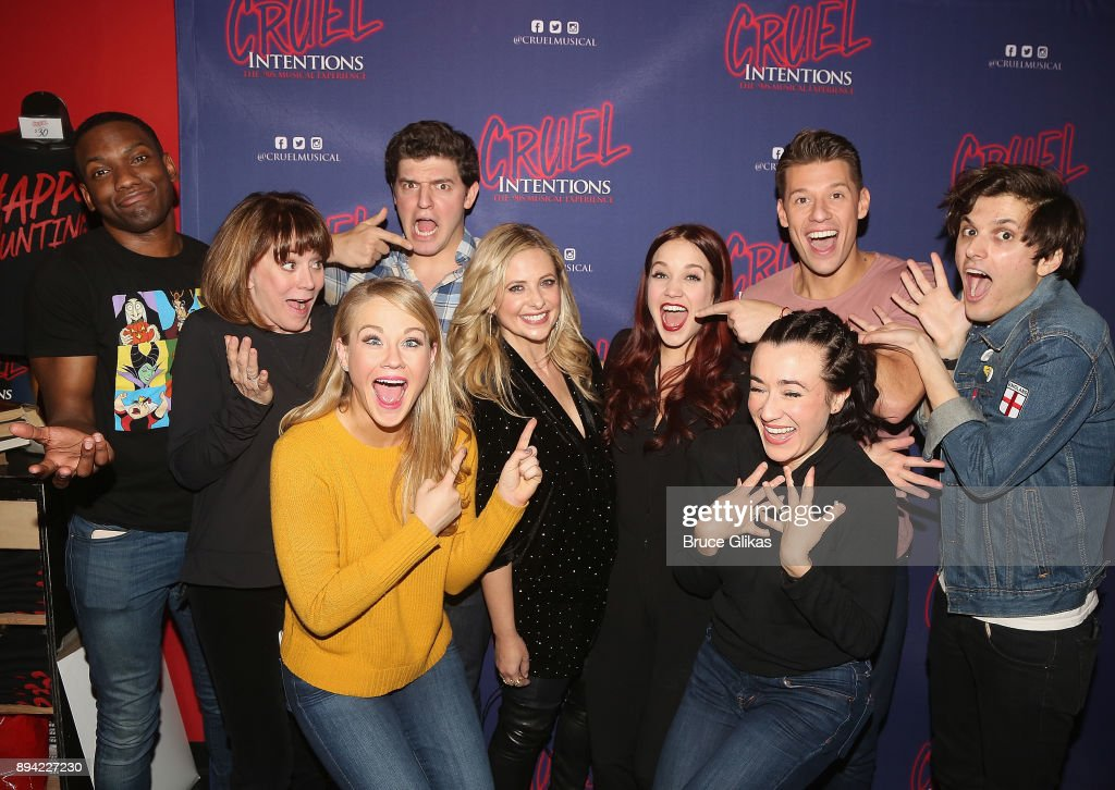 Sarah Michelle Gellar (who starred in the film as 'Kathryn Merteuil') poses with the cast backstage at the new musical based on the 1999 film 'Cruel Intentions' at Le Poisson Rouge Theatre on December 16, 2017 in New York City.