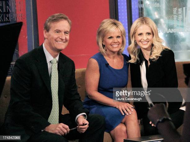 Sarah Michelle Gellar visits 'Fox Friends' with hosts Steve Doocy and Gretchen Carlson at the FOX Studios on June 5 2013 in New York City
