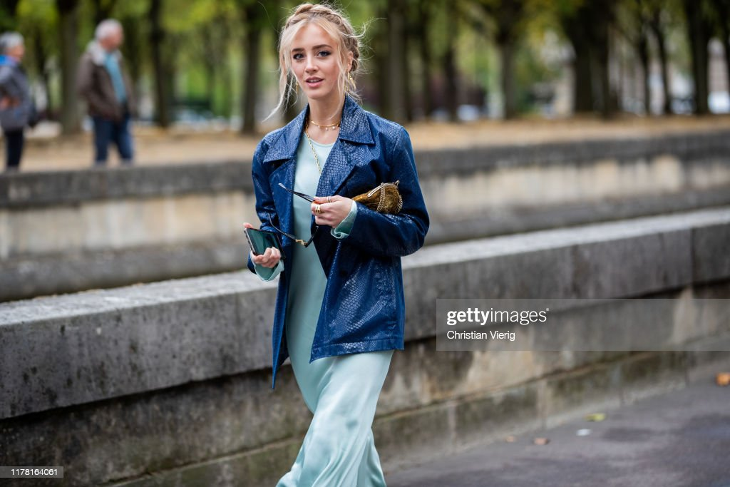Street Style : Paris Fashion Week - Womenswear Spring Summer 2020 : Day Seven : Photo d'actualité
