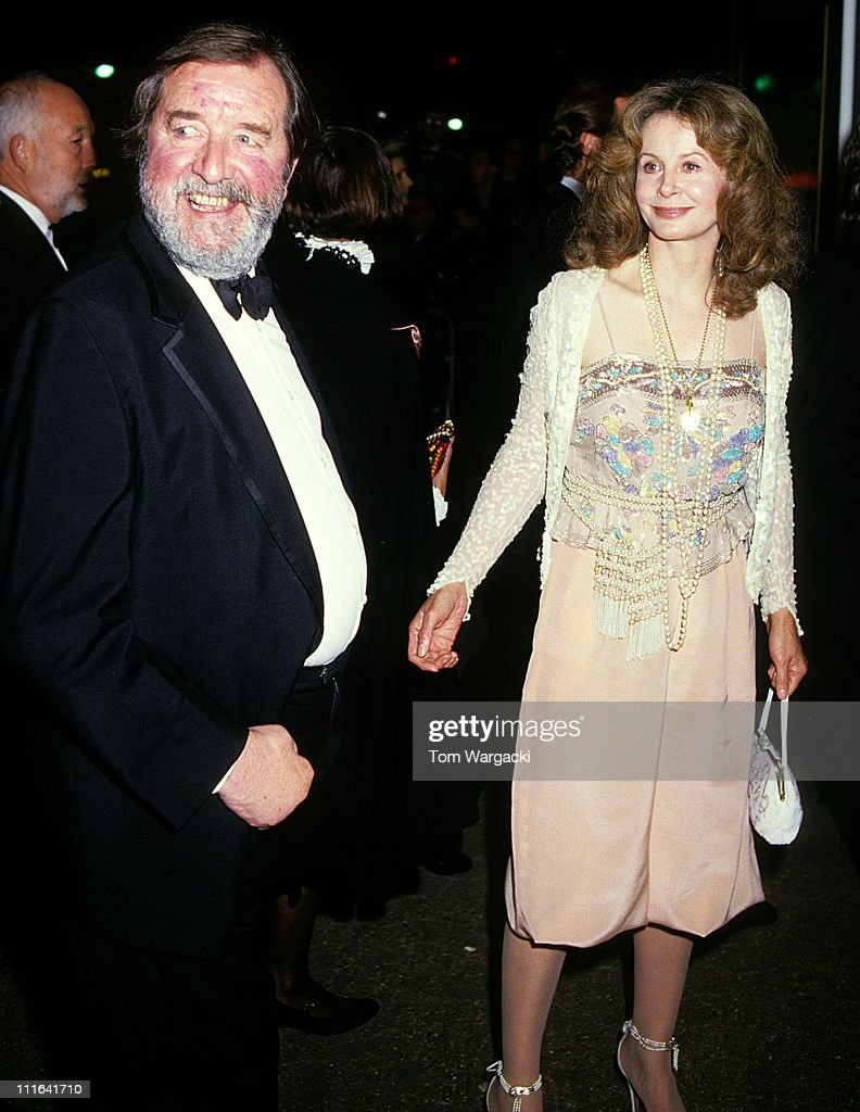 Sarah Miles and Robert Bolt at film premiere of The Mission : News Photo