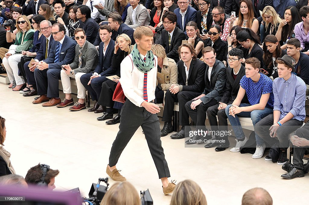 Burberry Menswear Spring/Summer 2014 - Front Row & Backstage