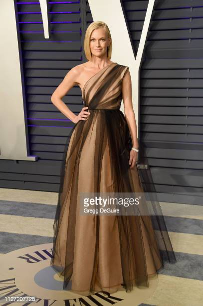 Sarah Murdoch attends the 2019 Vanity Fair Oscar Party hosted by Radhika Jones at Wallis Annenberg Center for the Performing Arts on February 24,...