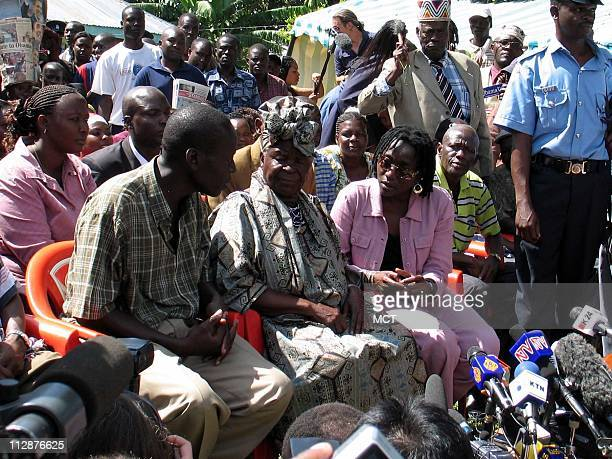 Sarah Onyango Obama Presidentelect Barack Obama's stepgrandmother talks to reporters at her home in Kogelo Kenya November 5 2008 At left is Said...