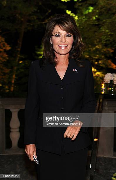 Sarah Palin attends the Bloomberg Vanity Fair cocktail reception following the 2011 White House Correspondents' Association Dinner at the residence...