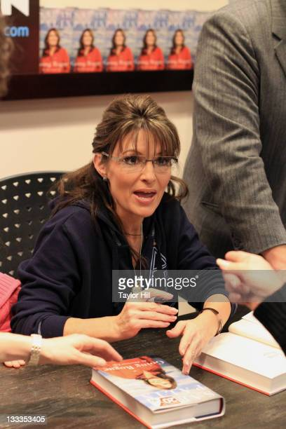 Sarah Palin promotes her book Going Rogue An American Life at BooksAMillion on November 23 2009 in Birmingham Alabama