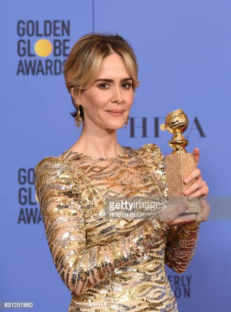 Sarah Paulson poses with the award for Best Actress in a Mini-Series for her role in The People vs. O.J. Simpson, in the press room at the 74th...