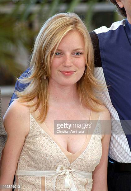 Sarah Polley during 2005 Cannes Film Festival 'Don't Come Knocking' Photocall at Terrasse Riviera in Cannes France