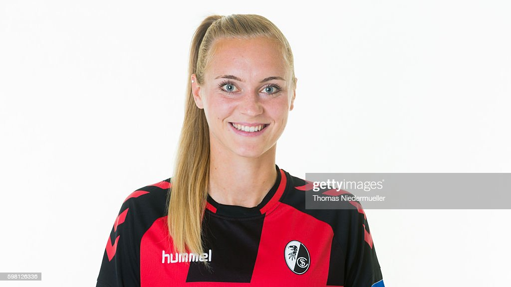SC Freiburg - Allianz Women's Bundesliga Club Tour : Nachrichtenfoto