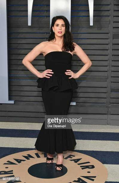 Sarah Silverman attends the 2018 Vanity Fair Oscar Party hosted by Radhika Jones at Wallis Annenberg Center for the Performing Arts on March 4 2018...