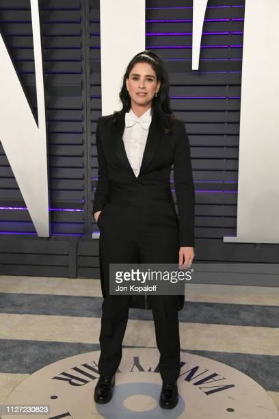 Sarah Silverman attends the 2019 Vanity Fair Oscar Party hosted by Radhika Jones at Wallis Annenberg Center for the Performing Arts on February 24...